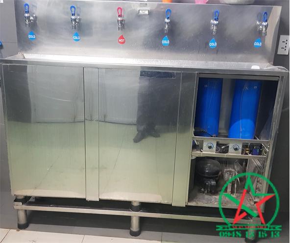 Lắp đặt máy nước uống 4 vòi nóng lạnh tại KCN Nhơn Trạch - Đồng Nai