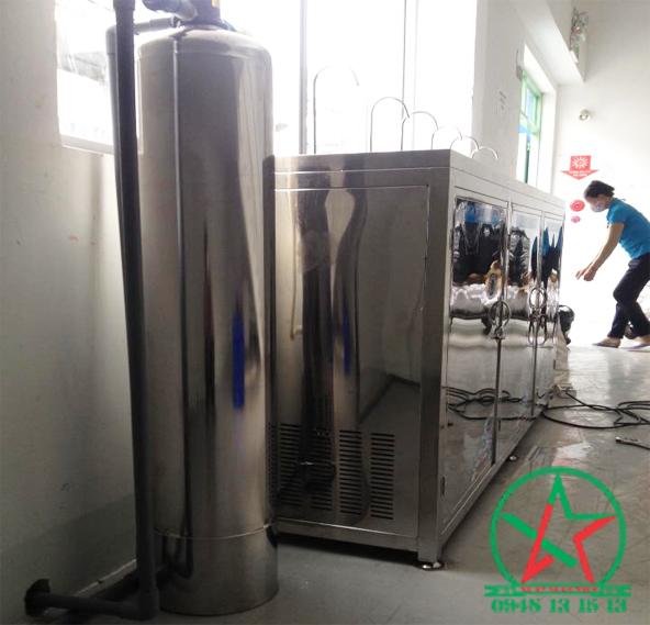 Lắp đặt máy nước uống nóng lạnh 6 vòi KCN Rạch Bắp - Bình Dương
