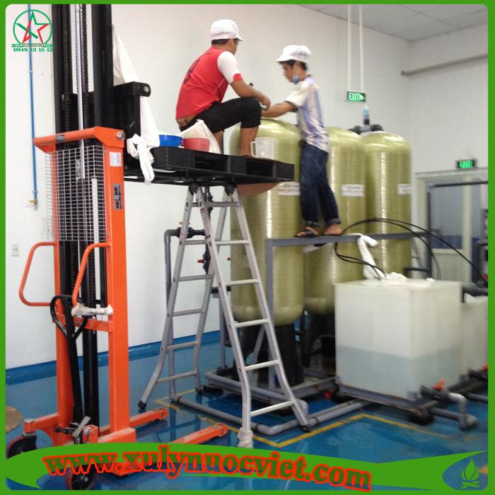 Thay vật liệu lọc, thay màng RO cho hệ thống xử lý nước